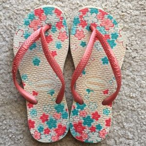Havaianas Slim Flip Flops size 11/12